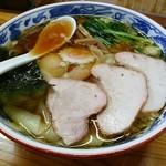 とら食堂 - 焼豚ワンタン麺
