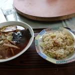 中華料理おくむら - 料理写真:サービスセット  ラーメン&半チャーハン