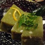 さらしな - そば豆腐(400円)♪ぷちぷちとした蕎麦の実が入っています。