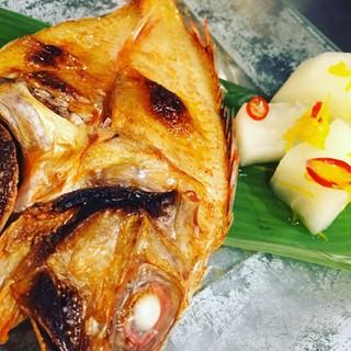 旬で仕立てる宴会コースも充実。旬魚のしゃぶしゃぶは絶品。