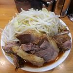 ラーメン二郎 - 料理写真:大豚辛いヤツ※ニンニク
