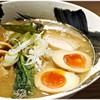 麺屋 みちしるべ - 料理写真:中華そば+味玉 720+120円 スタンダードに美味しいWスープラーメンです。
