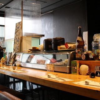 落ち着いた空間でお食事を◎和洋折衷の雰囲気を楽しんで