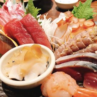 """魚真が一番食べてもらいたい""""刺身の盛合せ"""""""