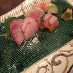 SHIN - 刺し盛り3種