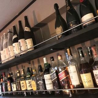 日本酒・ワイン・シャンパンなど、お酒の種類が豊富です!