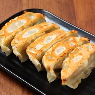 肉汁鶏餃子