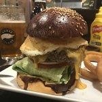 ハングリー ヘブン - カレーハンバーガー チーズ&エッグ