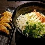 餃子バル - 餃子とマヨら~麺
