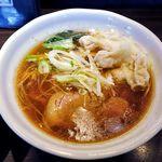 麺や豊 - 料理写真:麺や豊(ワンタンめん 820円)