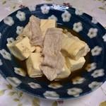 一龍食堂 - 肉豆腐200円は薄味です
