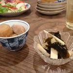 椿食堂 - 本日の小鉢2種 400円