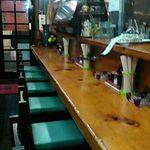 大衆酒場 亀屋 - 最初はガラガラ