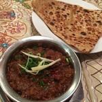 インド料理 スーリヤ - マトンハイドラバディ、タワパロタ