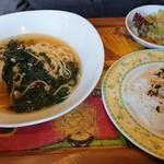 パスタカフェ 八乃森 - ほうれん草とツナのペペロンチーノ ごはんセット