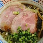 ザ イシハラ - 料理写真:漆黒(醤油ら~めん)♪