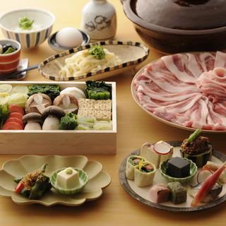 『豆乳鍋コース』京都もち豚とおばんざい八種盛3,800円