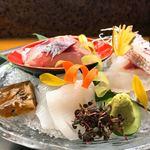 鮨秀 - 料理写真:お造りの盛り合わせ
