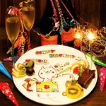 QUEEN OF CHICKENS - メッセージ付お祝いデザートプレート/ウェディング&バースデーはヒミツの演出が!!