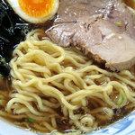 太公望ラーメン - ちぢれ麺(しょう油らーめん)