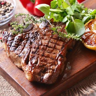 グラムが選べる自慢のステーキ♪肉厚&ジューシーで食べ応え抜群