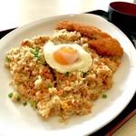 えびす食堂 - 料理写真:*チキンカツチャーハン(¥700)