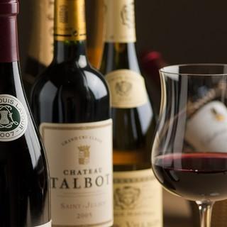 多種多様な日本酒やワインと日本料理のマリアージュ
