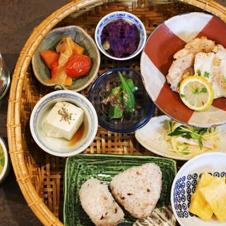 【20品目ランチ♪】野菜たっぷり◎栄養満点の健康メニュー♪