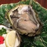 海鮮 居酒屋 凛火 - 岩牡蠣900、高いな…