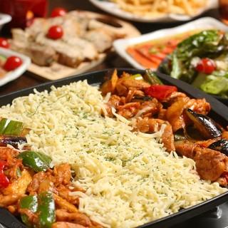 チーズタッカルビ、ローストビーフなど選べる3種食べ放題コース