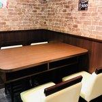 いきなりステーキ - この奥の席をキープ☆一番奥のテーブルなので落ち着く☆