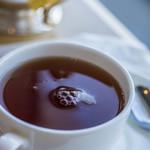 マリンブルー - 泡沫(うたかた)浮(う)かむ紅茶(こうちや)