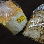 81753173 - 食パン:いちじく&くるみのカンパーニュ