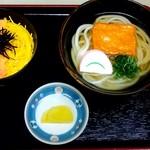 かごの亭 - 鮭そぼろ定食