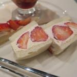フタバフルーツパーラー - 苺のフェスティバルプレート:ミニパフェ タルト フルーツサンド3
