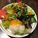 バストーネ - サラダ〜(^.ー^)w