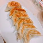 南国亭 - 南国亭特製焼き餃子