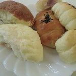 パン工房 エリオット - 菓子パンたち