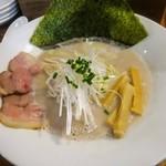 麺バル 3×3 - ラーメン白(塩)