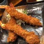 大衆食堂 山 - 大きな海老が3尾