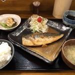 大衆食堂 山 - さばの味噌煮定食¥800