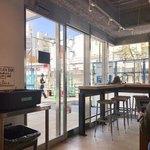ストリーマーコーヒーカンパニー - 絶賛工事中の線路跡