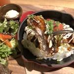 猿Cafe - チーズIN ミルフィーユカツの味噌鉄板ライス 1,150円(サラダ・DELI付)
