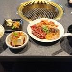 焼肉亭 桂 -