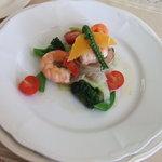 森の料理店 イゾルデ - 料理写真:前菜 お野菜も海老も美味しかった☆