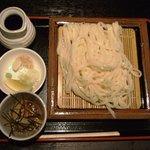 まつり茶屋 - おろしうどん 750円(水沢うどん)
