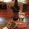 炉ばた 魚千 - 料理写真:瓶ビール(600円)とお通し