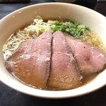 牛骨らぁ麺マタドール - 贅沢牛骨ラーメン 1,050円