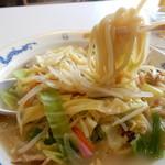 天龍 - 若干太目でもちもちの麺