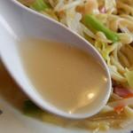 天龍 - あっさり豚骨スープ